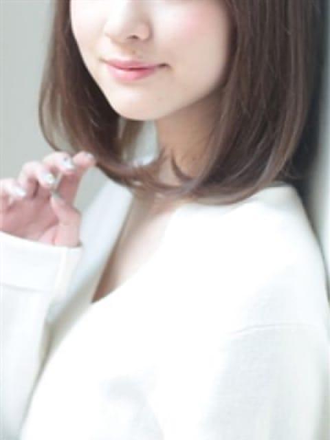 雫の画像1:シャングリラ(渋谷・恵比寿・青山高級デリヘル)