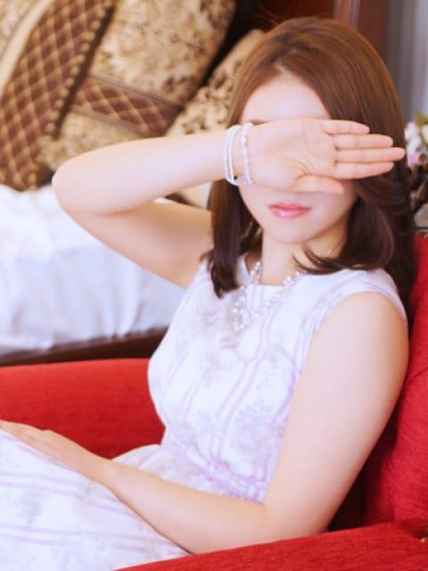 彩良(サラ)2:グランドオペラ名古屋(名古屋高級デリヘル)