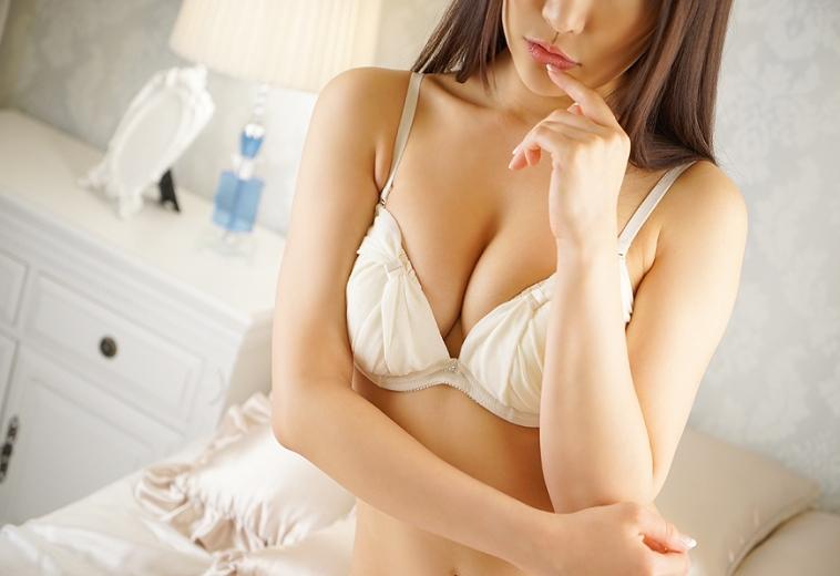 石山 穂香の画像3:ラグジュアリーコレクション(品川高級デリヘル)