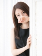 銀座・汐留 高級デリヘル:Erimina TOKYO(エリミナトウキョウ)キャスト 彩 あや