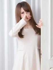 銀座・汐留 高級デリヘル:Erimina TOKYO(エリミナトウキョウ)キャスト 花音 かのん