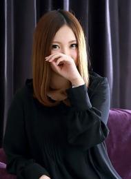 銀座・汐留 高級デリヘル:Erimina TOKYO(エリミナトウキョウ)キャスト 亜美 あみ
