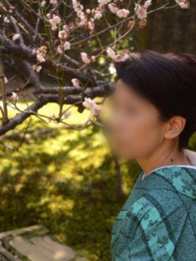 博多 高級デリヘル:博多熟女亭・ 大和撫子キャスト 楓(かえで)1