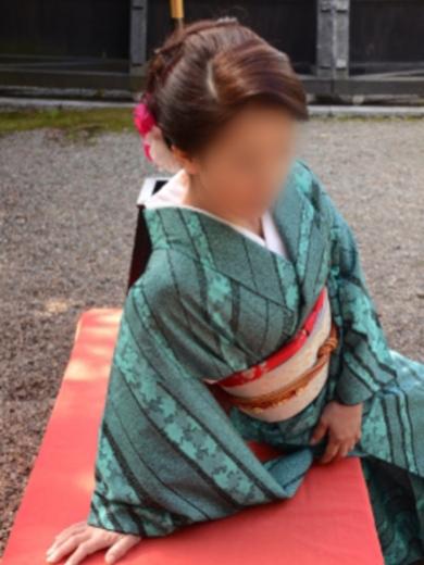 博多 高級デリヘル:博多熟女亭・ 大和撫子キャスト 楓(かえで)2