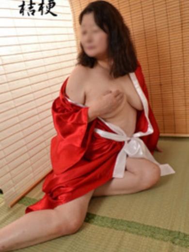 博多 高級デリヘル:博多熟女亭・ 大和撫子キャスト 桔梗(ききょう)5