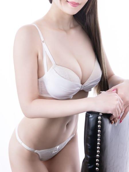 小松 流美4:都庁前倶楽部アットレディー(新宿高級デリヘル)