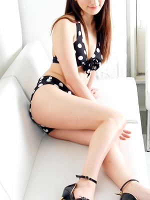 渋谷・恵比寿・青山 高級デリヘル:trebia (トレビア)キャスト 斉藤 結衣花3