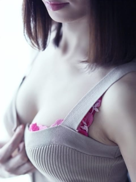 愛彩(あおい):グランドオペラ横浜(横浜高級デリヘル)