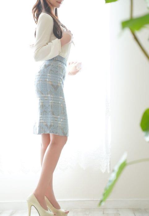 お淑やかでセクシーな着物モデルが新規登録です:有栖川倶楽部(東京駅・丸の内・日本橋高級デリヘル)