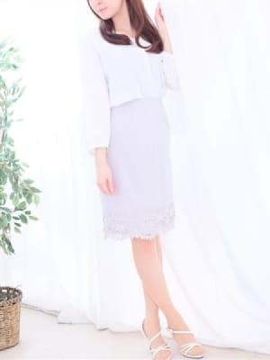 白石優衣:赤坂 高級デリヘル L【エル】(六本木・赤坂高級デリヘル)