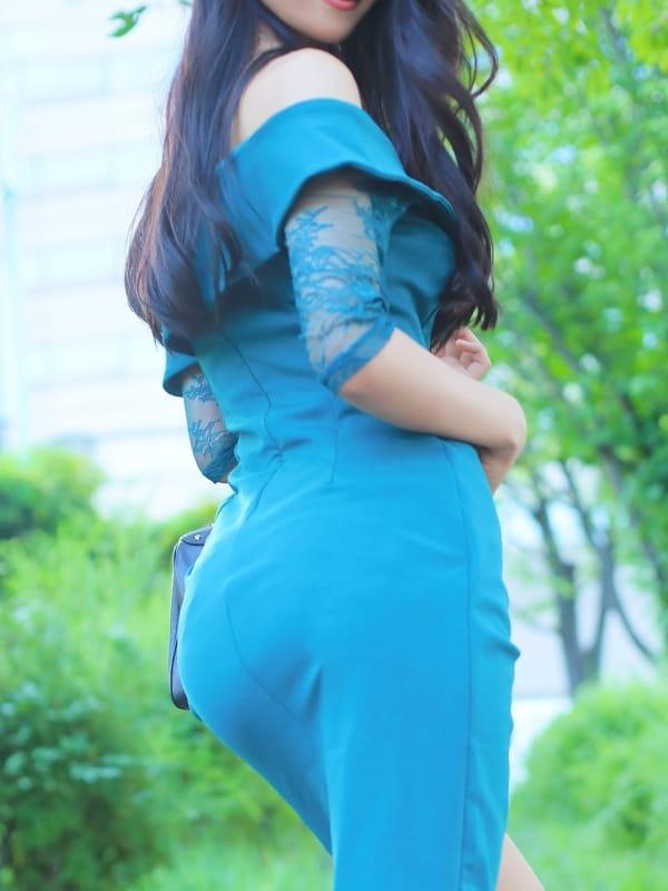 極上清楚な容姿端麗の美女【瀬戸 はるか】:CASA BIANCA(カーサ・ビアンカ)(大阪高級デリヘル)