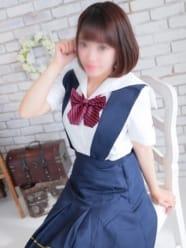 小宮山 ひな:モデルWEST ミナミ谷九店(大阪高級デリヘル)