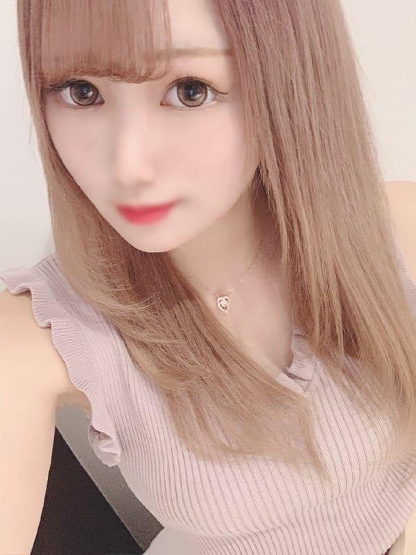 色白美肌のスレンダー美女:クラブバレンタイン大阪(大阪高級デリヘル)