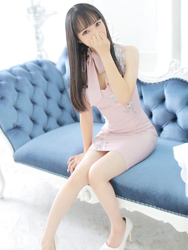 純な148cm黒髪ロリっこ:クラブバレンタイン大阪(大阪高級デリヘル)