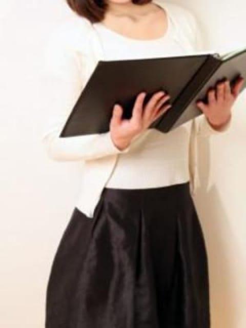 シオリ:透明感・清潔感・本当にこの女性が・・・東京才色兼備(銀座・汐留高級デリヘル)
