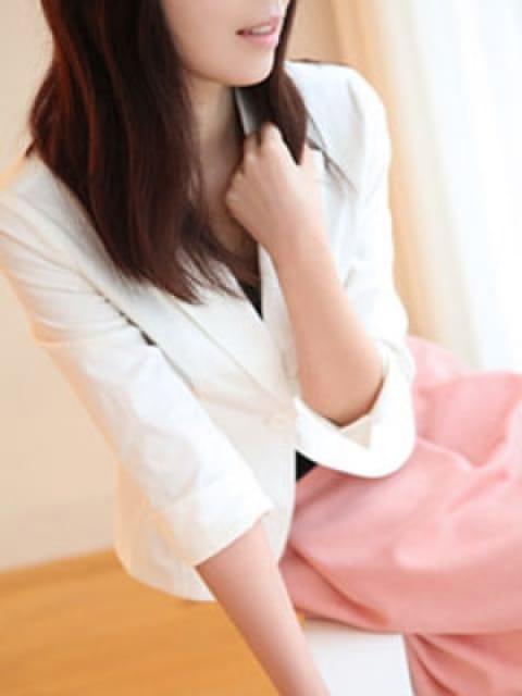 コユキ:透明感・清潔感・本当にこの女性が・・・東京才色兼備(銀座・汐留高級デリヘル)
