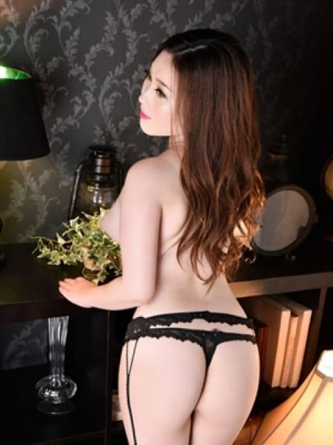 レイ:長身・巨乳専門モデル倶楽部ROYAL(品川高級デリヘル)