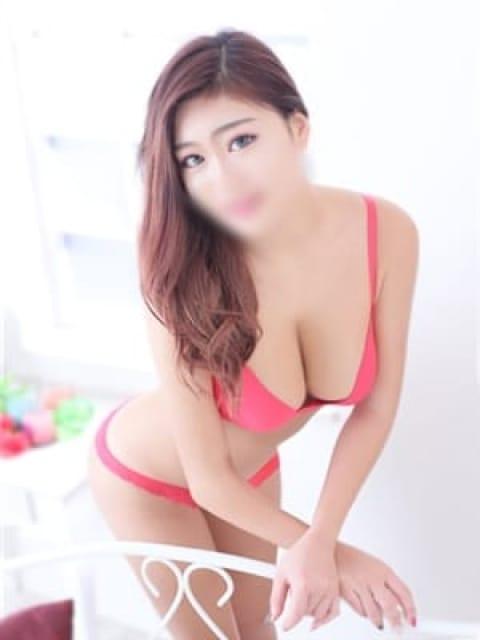 カレンの画像1:長身・巨乳専門モデル倶楽部ROYAL(品川高級デリヘル)