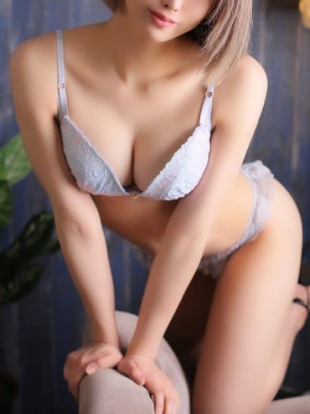 みはるの画像1:長身・巨乳専門モデル倶楽部ROYAL(品川高級デリヘル)