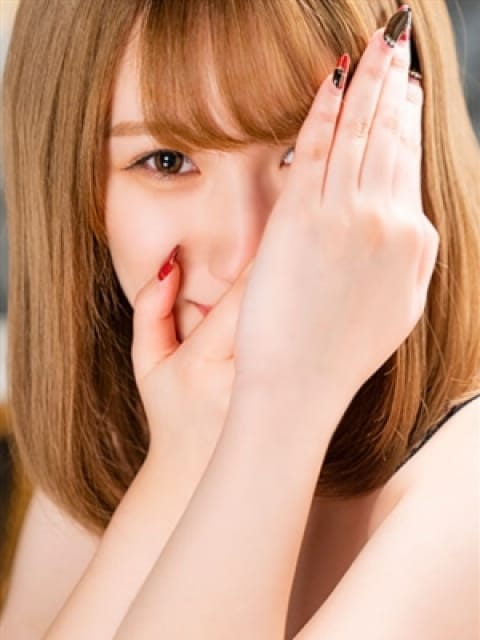 しゅうか【18歳の初めての挑戦】:長身・巨乳専門モデル倶楽部ROYAL(品川高級デリヘル)