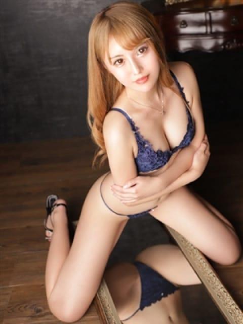 大崎ゆめ【ハイルックス美乳】:長身・巨乳専門モデル倶楽部ROYAL(品川高級デリヘル)