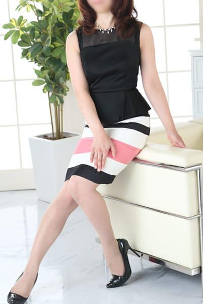 新入店ミセスは2,000円引◆美人で淫らが採用基準:Mrs.Revoir-ミセスレヴォアール-(横浜高級デリヘル)
