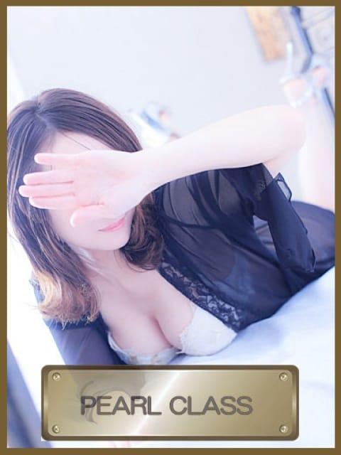 ななの画像1:ロイヤルクラウン 武蔵小杉店(横浜高級デリヘル)