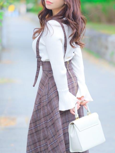 白雪 かえで:Miss.Chloe(ミス・クロエ)(大阪高級デリヘル)
