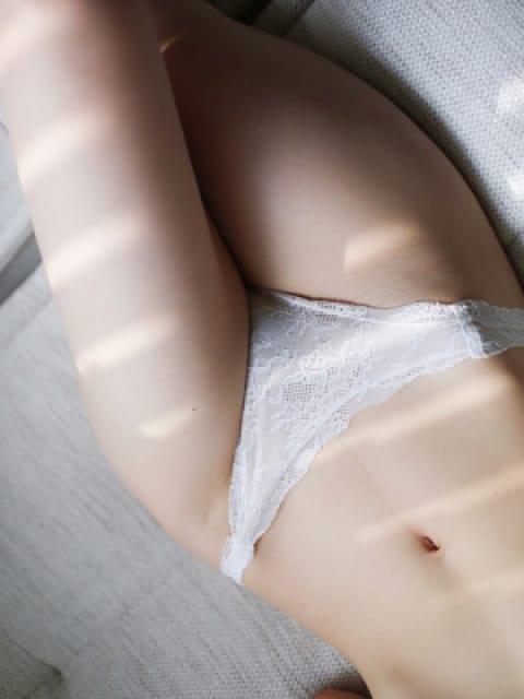 夏目美穂(なつめみほ):東京ヒストリー秘密の約束(新宿高級デリヘル)