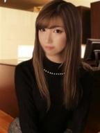 のん:玄関フェラ神ってる!?オトナのかいだん(大阪高級デリヘル)