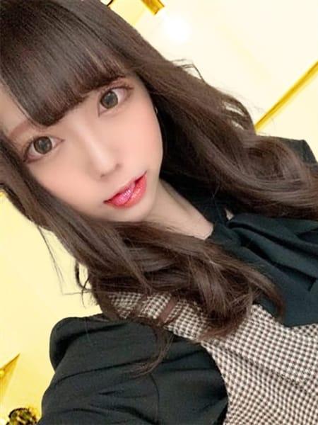 ひかる~hikaru~の画像1:玄関フェラ神ってる!?オトナのかいだん(大阪高級デリヘル)