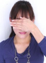 博多 高級デリヘル:博多美人妻キャスト みずき