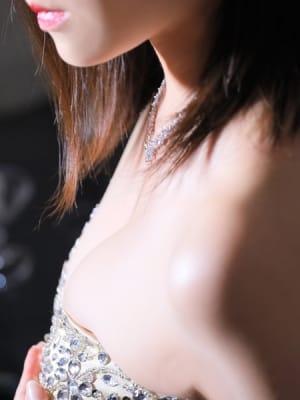 青池 綾:クラブ アイリス大阪(大阪高級デリヘル)