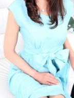 名古屋 高級デリヘル:人妻セレブ宮殿 名古屋城キャスト 白鳥 杏奈