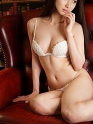 渋谷・恵比寿・青山 高級デリヘル:D.vinci(ダヴィンチ)キャスト 向井 真里愛