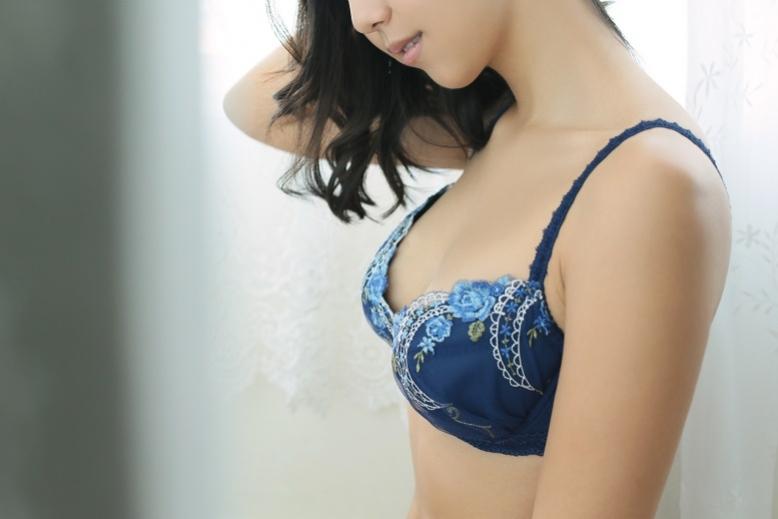 渋谷・恵比寿・青山 高級デリヘル:さくらTokyoキャスト 松本奈緒4