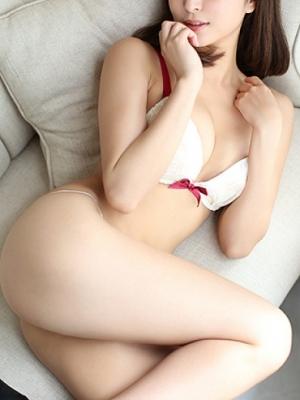 銀座・汐留 高級デリヘル:W STYLEキャスト 白浜 麗美1