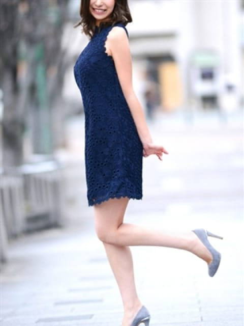 亜嬉乃 瞳:マダム麗奈大阪(大阪高級デリヘル)