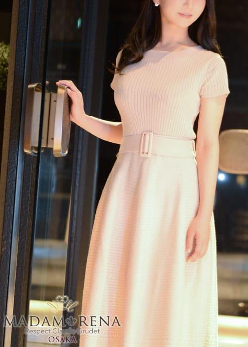 柔らかな美乳から溢れる色気に当てられて・・・:マダム麗奈大阪(大阪高級デリヘル)