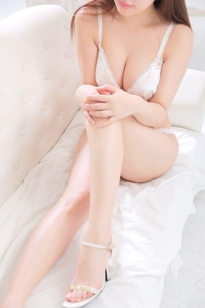 グラビアアイドル級の美乳Fカップ!:クラブファントム(横浜高級デリヘル)