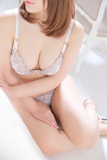 可愛いお顔のピュア系美女!:クラブファントム(横浜高級デリヘル)